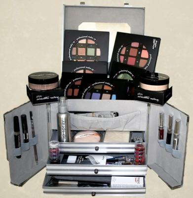 Набор визажиста №2, чемодан большой Cinecitta Alum proffessional suitcase: фото